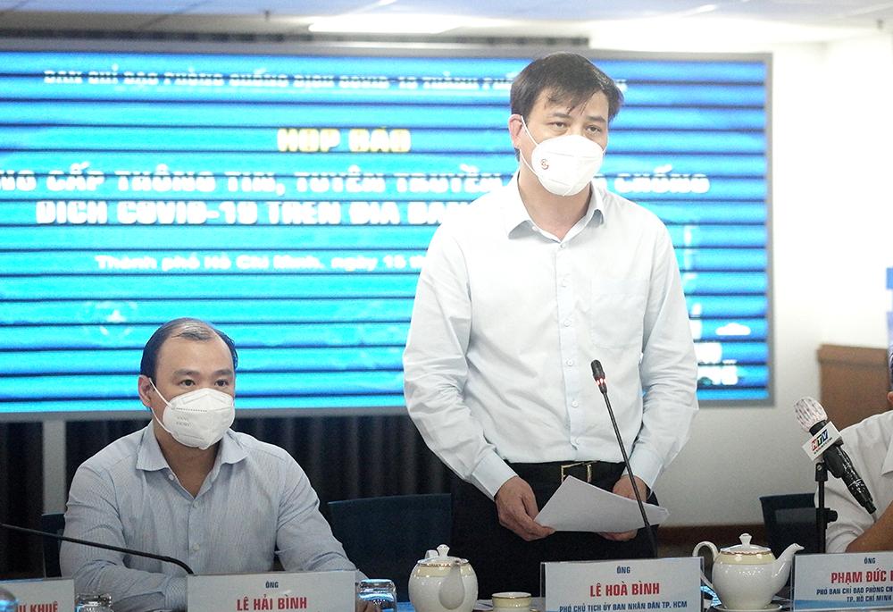 Phó Chủ tịch UBND TPHCM Lê Hòa Bình tại cuộc họp báo chiều 15/9/2021.