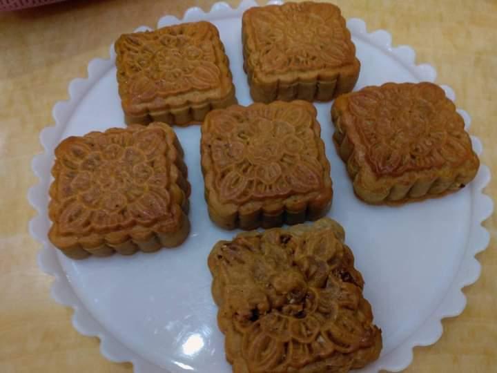 Bánh nhà làm, dù thiếu nguyên liệu vẫn ngon