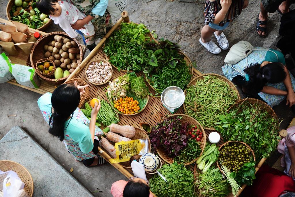 Những khu chợ nhỏ là nơi nuôi sống rất nhiều gia đình - Ảnh minh họa