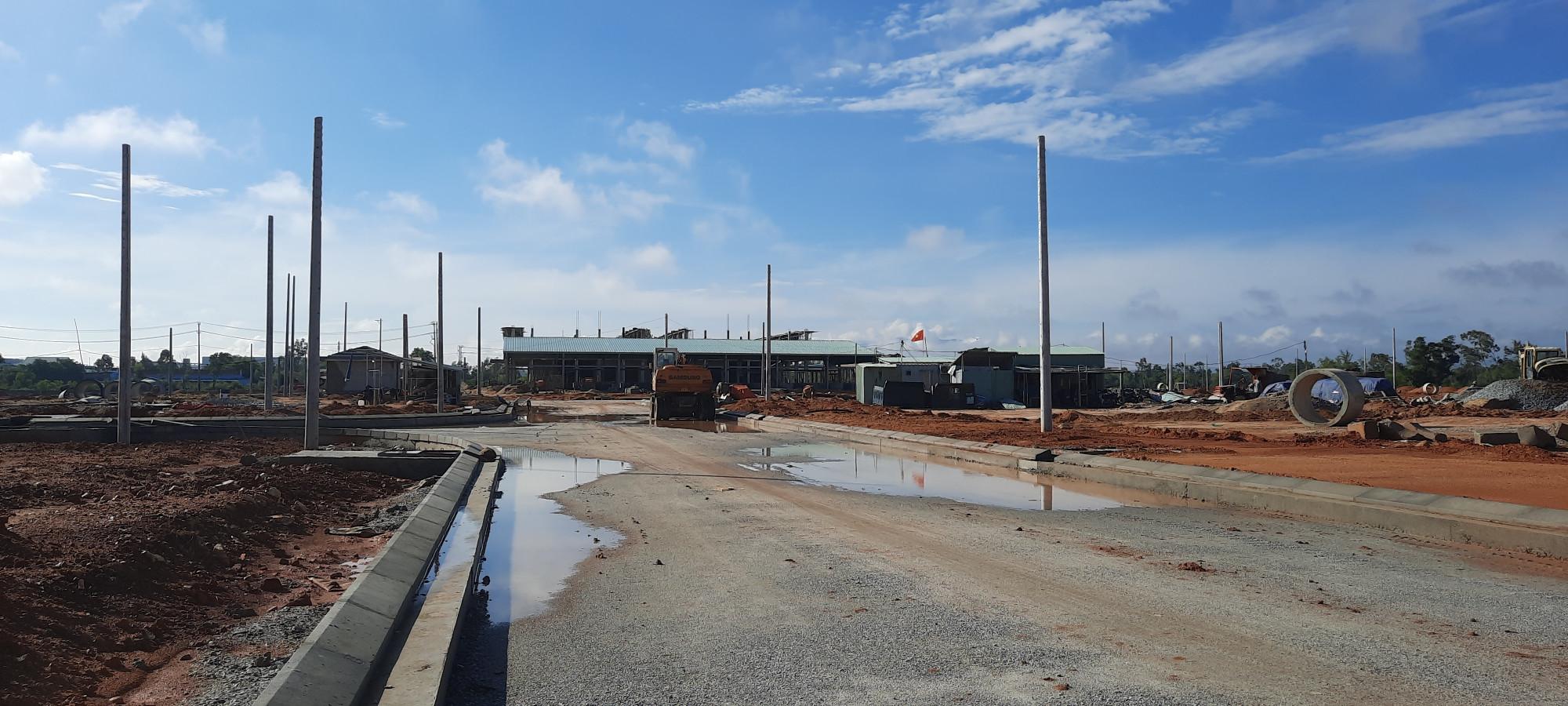 Dự án được xem là nền móng cho việc phát triển khu đô thị cửa ngõ Tam Kỳ nhưng đang gặp phải nhiều vướng mắc