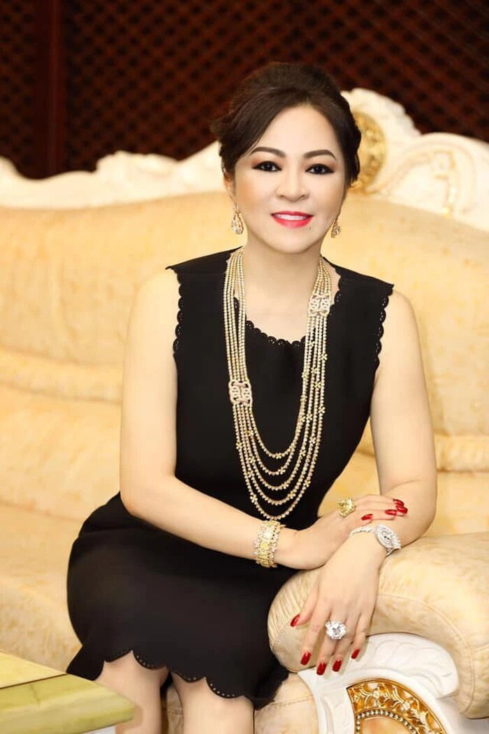 """Bà Nguyễn Phương Hằng là vợ của ông Huỳnh Uy Dũng (hay còn gọi là Dũng """"lò vôi"""")"""