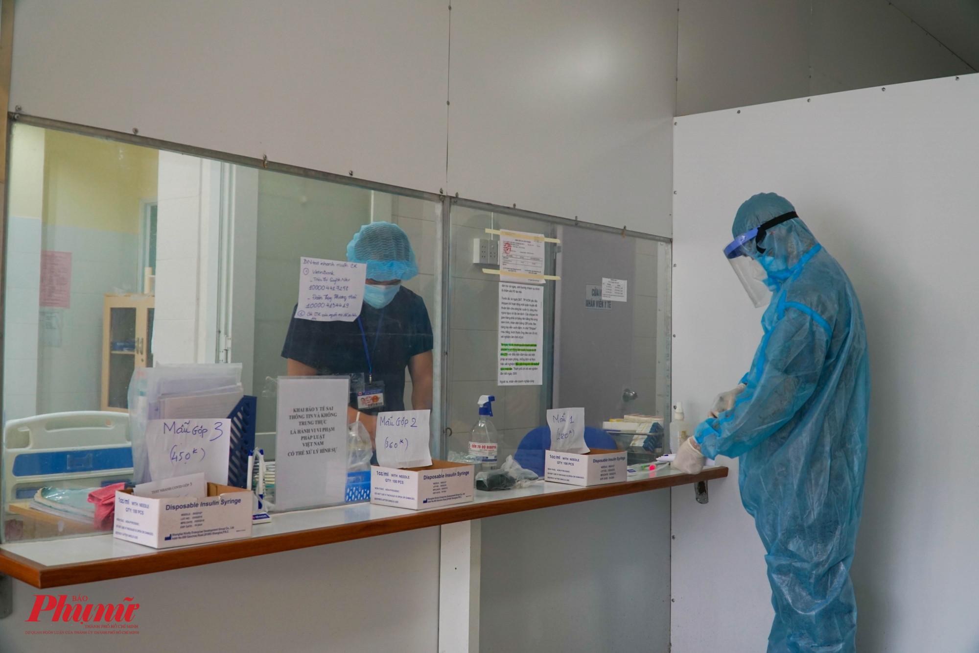 Lực lượng xét nghiệm tại bệnh viên quận 1 vẫn bảo đảm thực hiện
