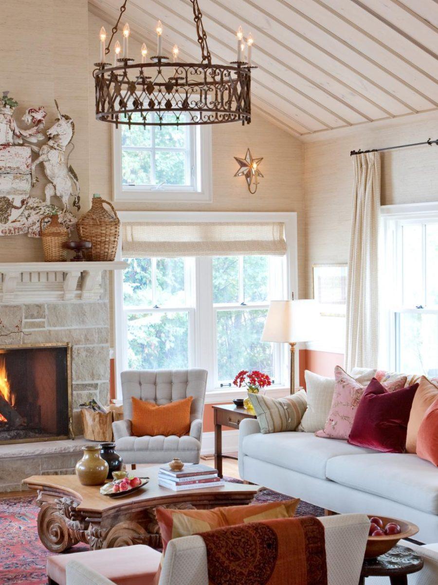 Màu trang trí mùa thu đẹp nhất: Màu cam Màu cam có thể là một trong những màu đầu tiên bạn nghĩ đến khi nói đến màu sắc trang trí mùa thu, bởi vì đó là màu của bí ngô, lá rơi, v.v.