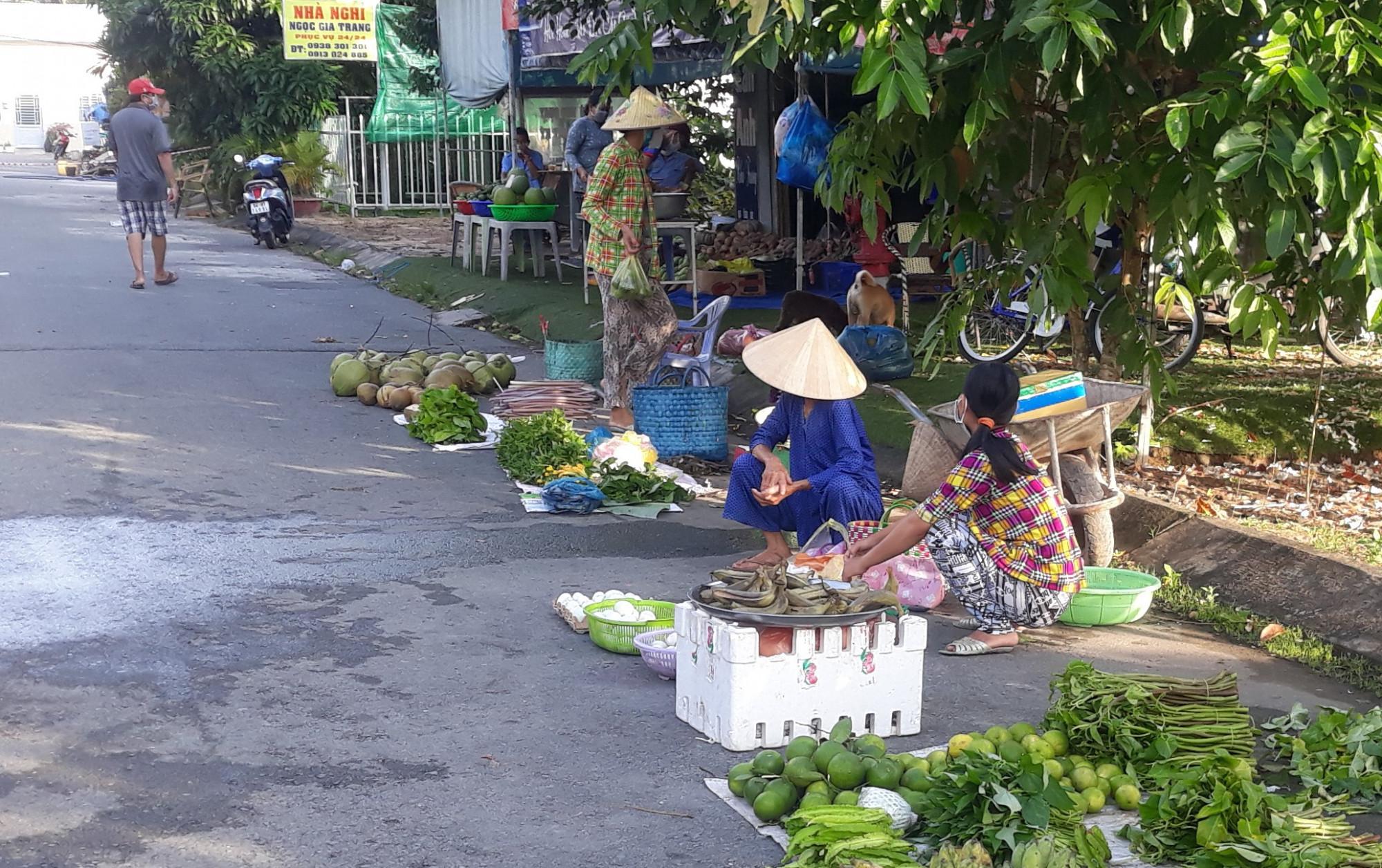 Một góc chợ vùng xanh trên địa bàn TP. Cần Thơ