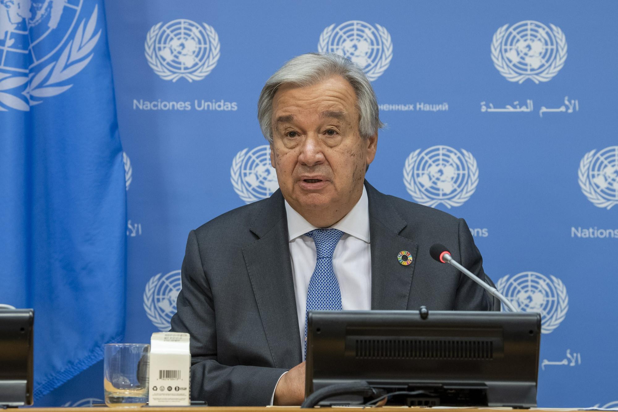 Tổng Thư ký Liên Hợp Quốc Antonio Guterres choe biết Thế giới đang sống trong `` bóng đen của thảm họa hạt nhân ''