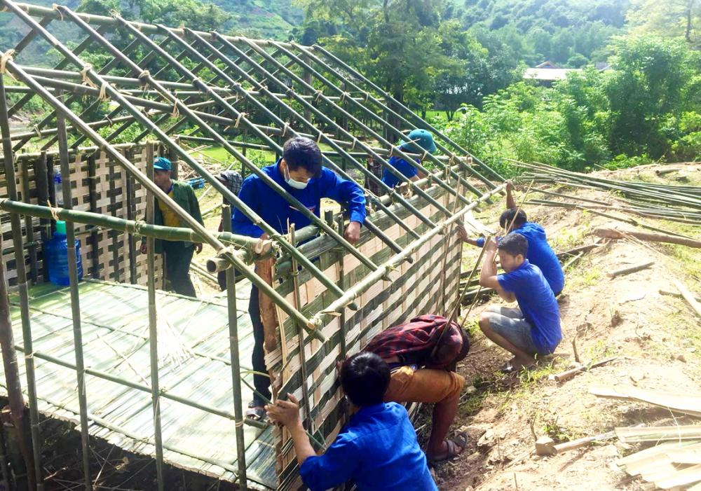 Một khu cách ly đang được dựng lên ở xã Bắc Lý, H.Kỳ Sơn, tỉnh Nghệ An để đón người dân ở các tỉnh, thành phía Nam về quê tránh dịch ảnh: Phan Ngọc