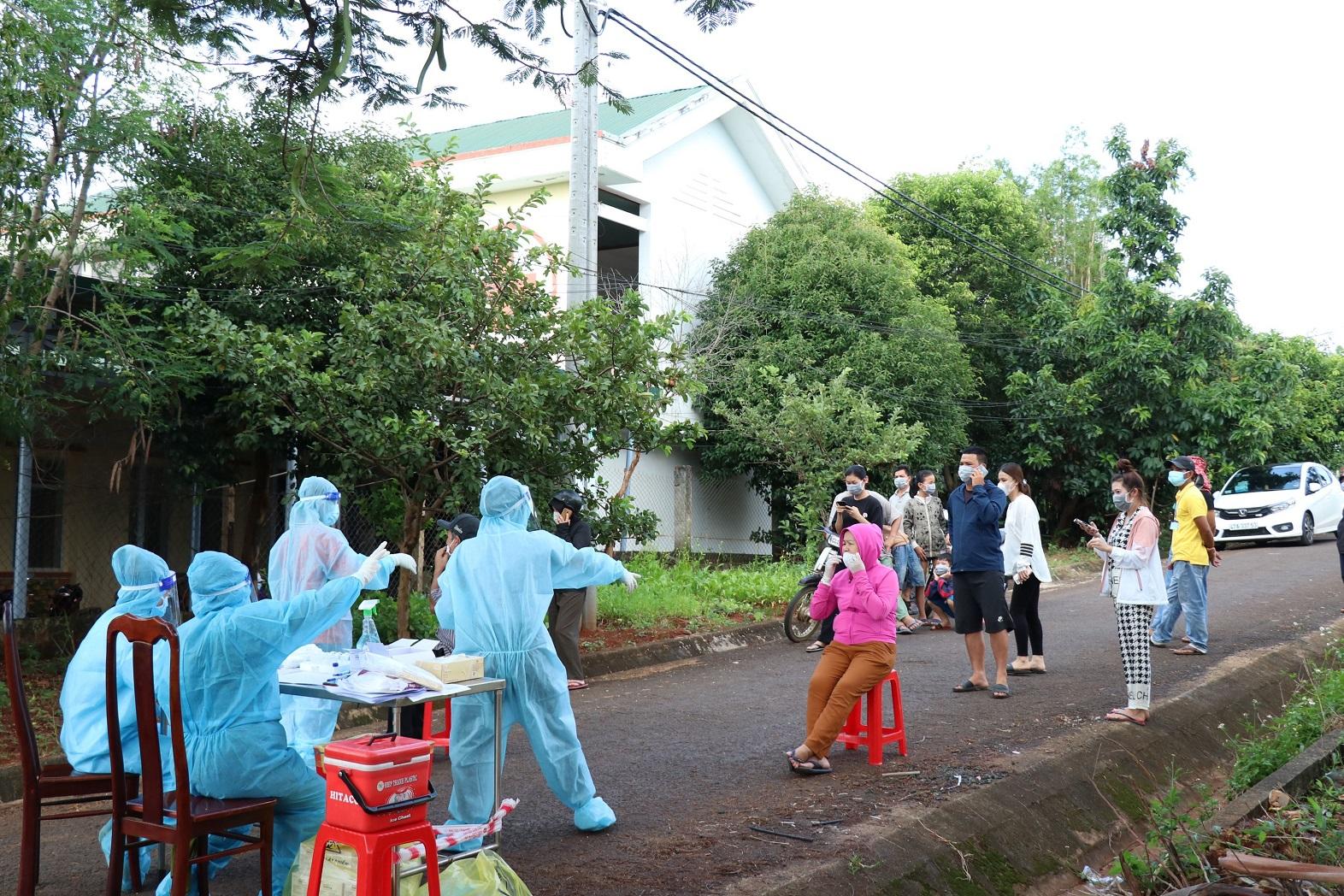 Tỉnh Đắk Lắk vừa ghi nhận thêm 14 trường hợp dương tính với SARS-CoV-2