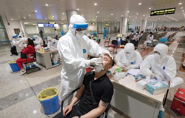Bộ Y tế đề nghị Sở Y Tế TPHCM kiểm điểm trách nhiệm trong việc chậm trễ xin ý kiến, tổ chức thực hiện trong vụ việc xin cấp bổ sung 150.000 trường hợp test nhanh dương tính (ảnh minh họa)
