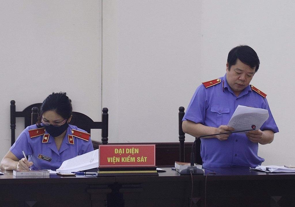 Trình bày quan điểm giải quyết vụ án, đại diện VKS đề nghị bác toàn bộ kháng cáo trong vụ Ethanol Phú Thọ.