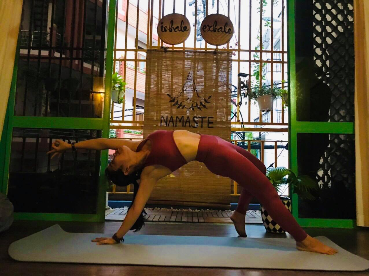 Những bài tập yoga, thiền và suy nghĩ tích cực giúp tôi đi qua những ngày nhiễm bệnh một các nhẹ nhàng