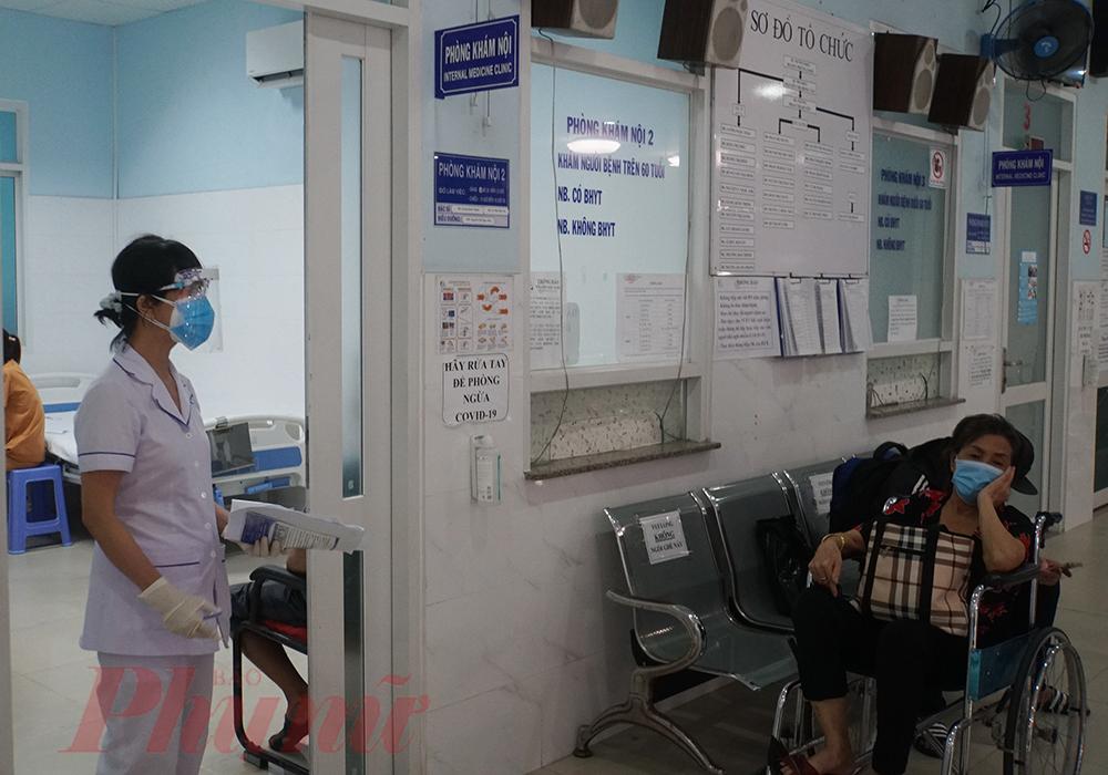 Hầu như các khoa khám bệnh của bệnh viện đã hoạt động ổn định