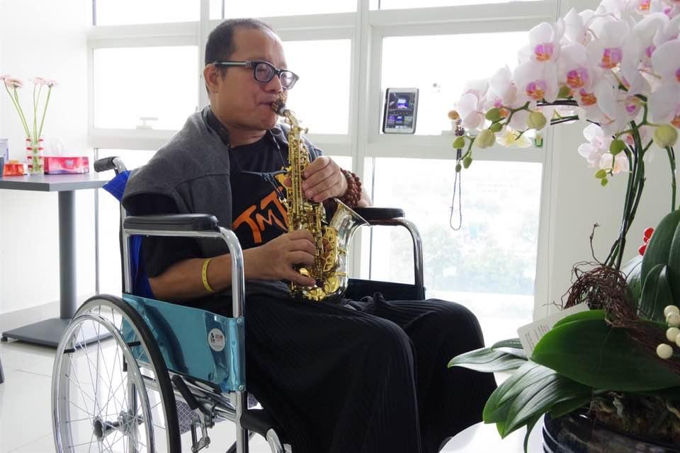 Nam nghệ sĩ sẽ tiếp tục điều trị tại bệnh viện cho đến khi hồi phục hẳn