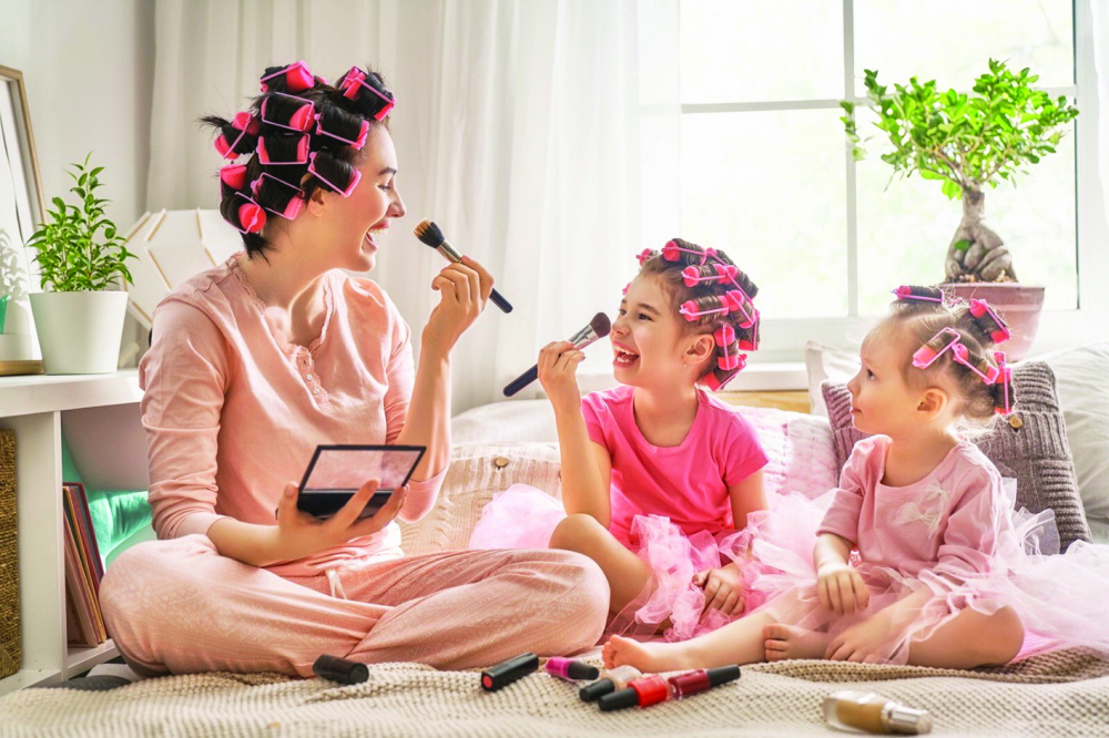 """Thông điệp """"gắn kết gia đình"""" hiện diện trong nhiều dự án quảng bá mỹ phẩm trẻ em  - ẢNH: SHUTTERSTOCK"""