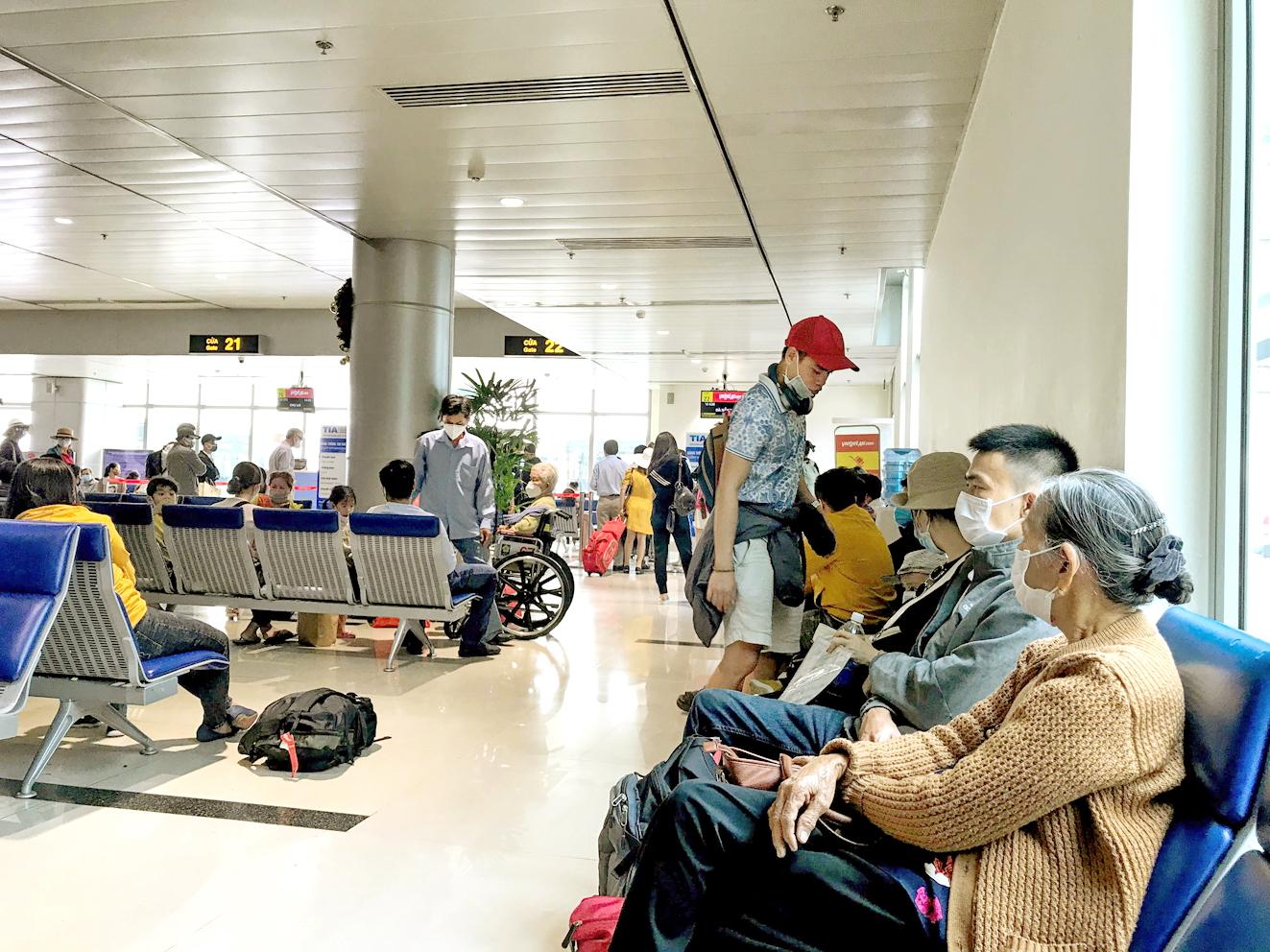 Các hãng hàng không đang rất nóng lòng được mở lại các đường bay nội địa - ẢNH: Q.THÁI