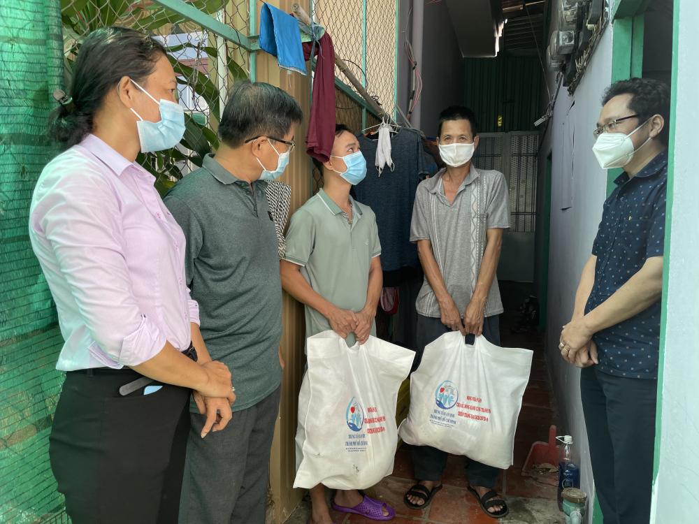 Hơn 2,2 triệu túi an sinh đã đến với người dân gặp khó khăn trong mùa dịch