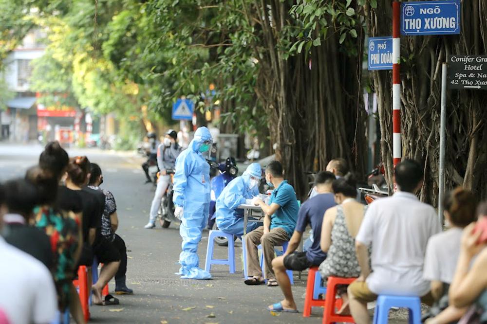 Hà Nội đã xét nghiệm gần 18.000 người, gồm nhân viên y tế, người bệnh, người chăm sóc hiện đang ở trong BV, cư dân xung quanh BV, người về từ BV