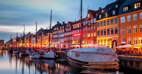 Biểu tượng của sự lãng mãn ở Copenhaghen, bến cảng Nyvhan sẽ là nơi phải đến trong chuyến du lịch tại đất nước Đan Mạch
