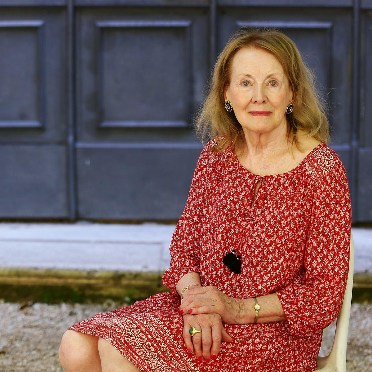 Nữ nhà văn Annie Ernaux được dự đoán sẽ thắng Nobel năm nay.