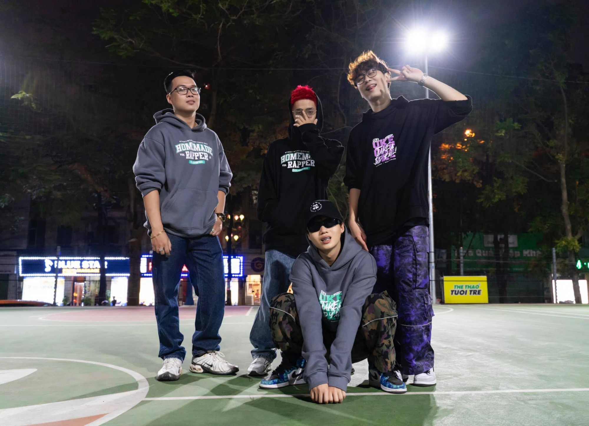 Các thành viên nhóm Rap Nhà Làm