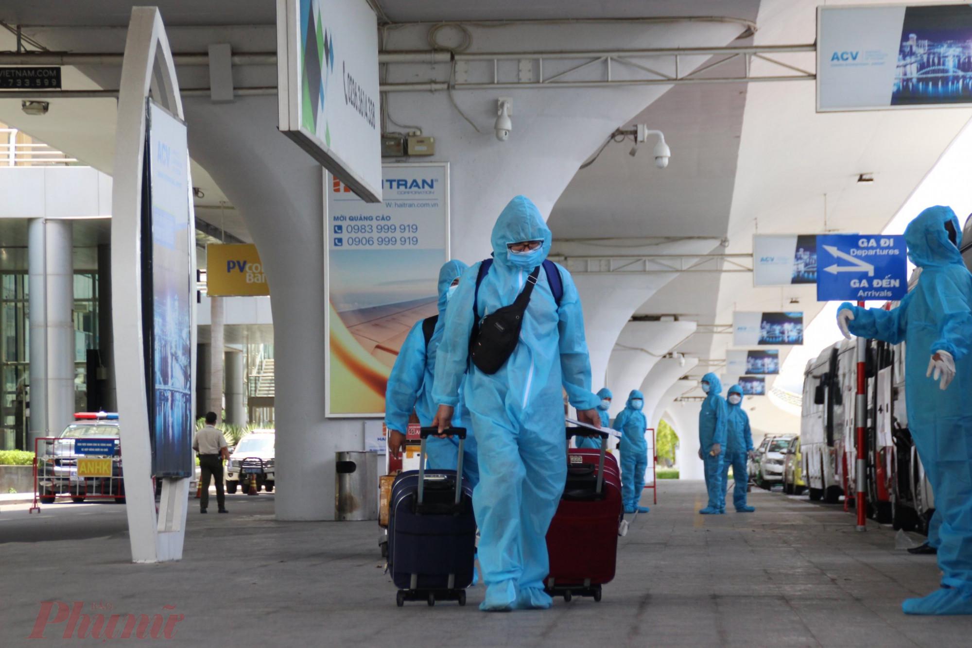 Công dân Đà Nẵng được chính quyền đón về bằng máy bay vào trung tuần tháng 7/2021