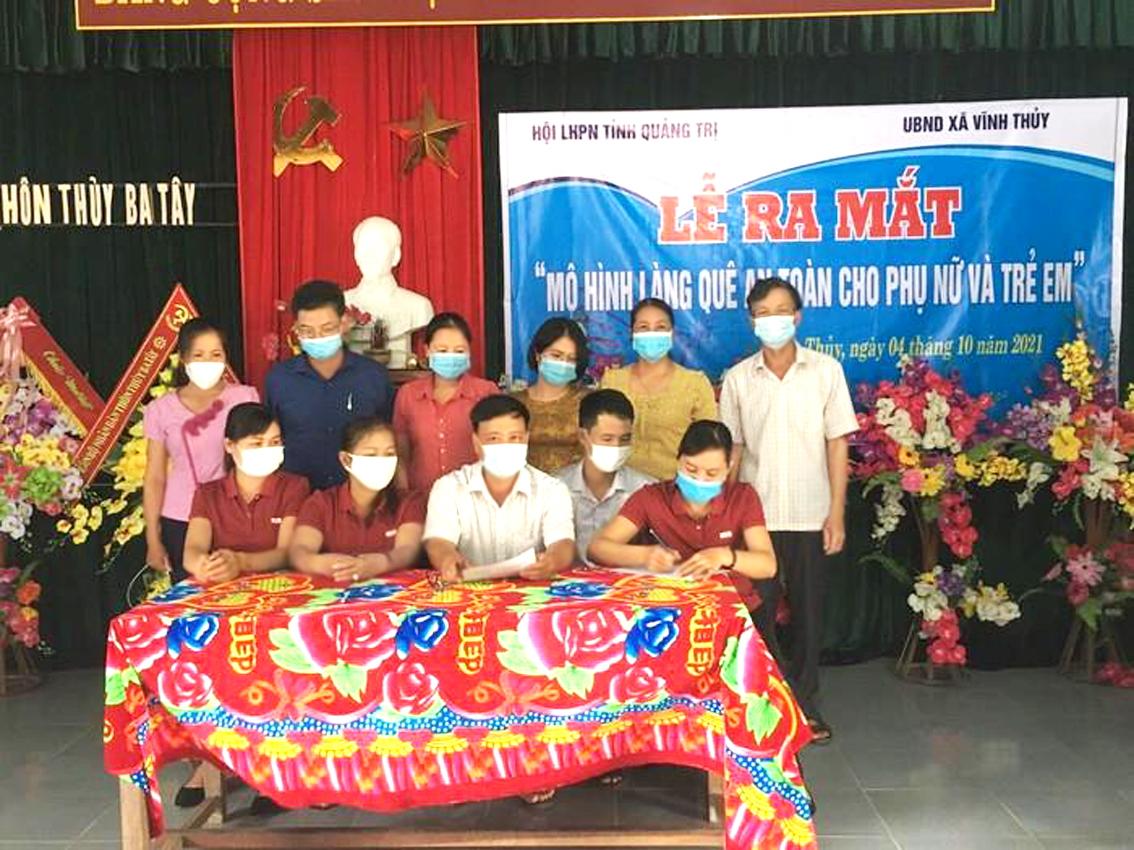 """""""Làng quê an toàn cho phụ nữ và trẻ em"""" thứ ba tại H.Vĩnh Linh, tỉnh Quảng Trị vừa ra mắt - ẢNH: M.Anh"""