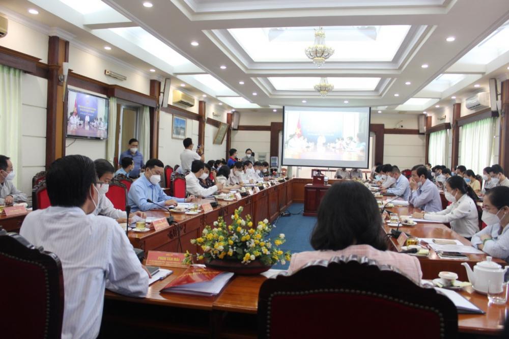 Đoàn Đại biểu Quốc hội TPHCM tiếp xúc cử tri ngành y tế.