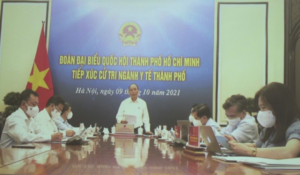 Chủ tịch nước Nguyễn Xuân Phúc chia sẻ những mất mát với TPHCM