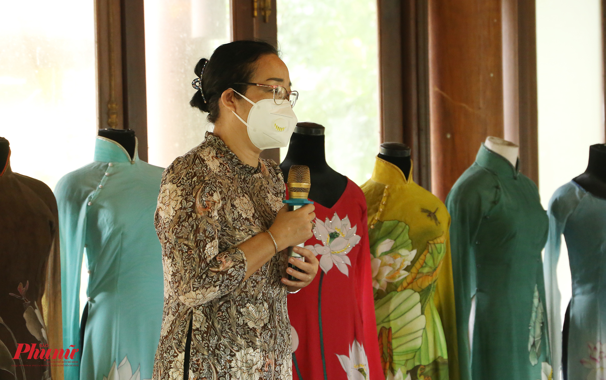ới tư cách người đứng đầu bảo tàng, Bà Huỳnh Ngọc Vân nói vsẽ cố gắng đóng góp vào sự phát triển của TPHCM trong thời gian tới để nơi đây sớm thịnh vượng trở lại như trước, để xứng đáng với sự góp sức, hỗ trợ từ nhiều địa phương trên khắp cả nước. Bà cũng không giấu được sự nghẹn ngào trong từng lời nói.