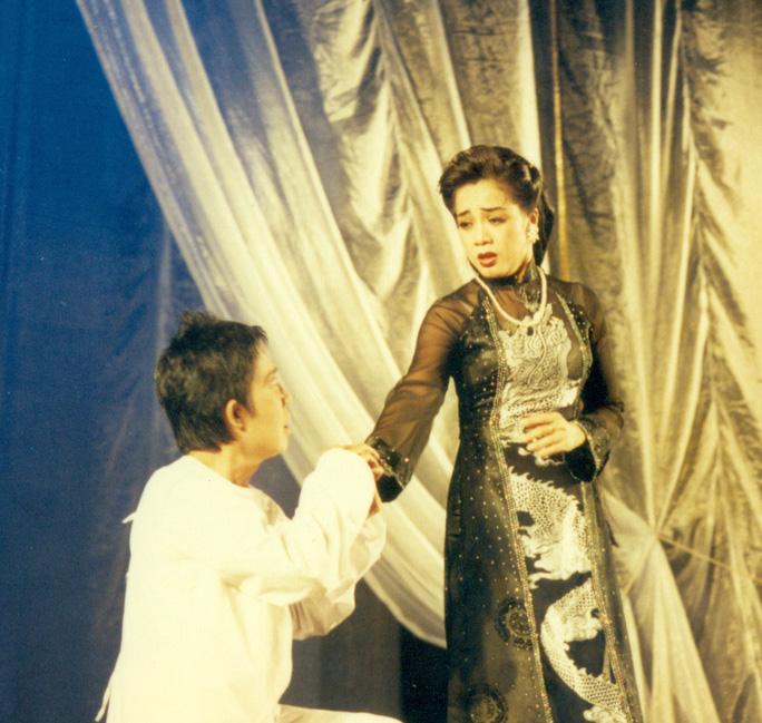 Cô đào Cầm Thanh, một trong những vai diễn ấn tượng của NSƯT Phương Hồng Thủy