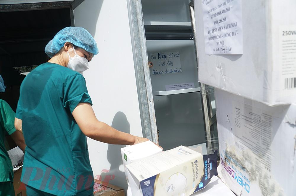 Đây là chuỗi ngày đầy quyết tâm của y, bác sĩ chi viện cho miền Nam ruột thịt