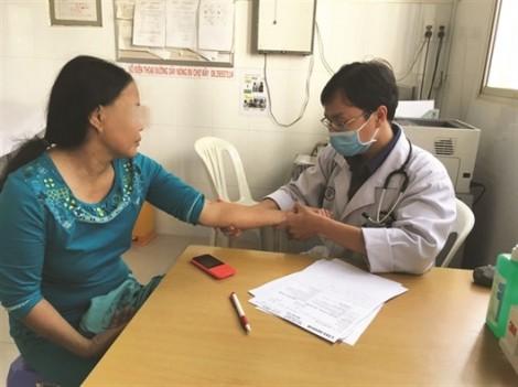 'Xài ké' thuốc giun đũa chó, một phụ nữ bị biến chứng lên gan