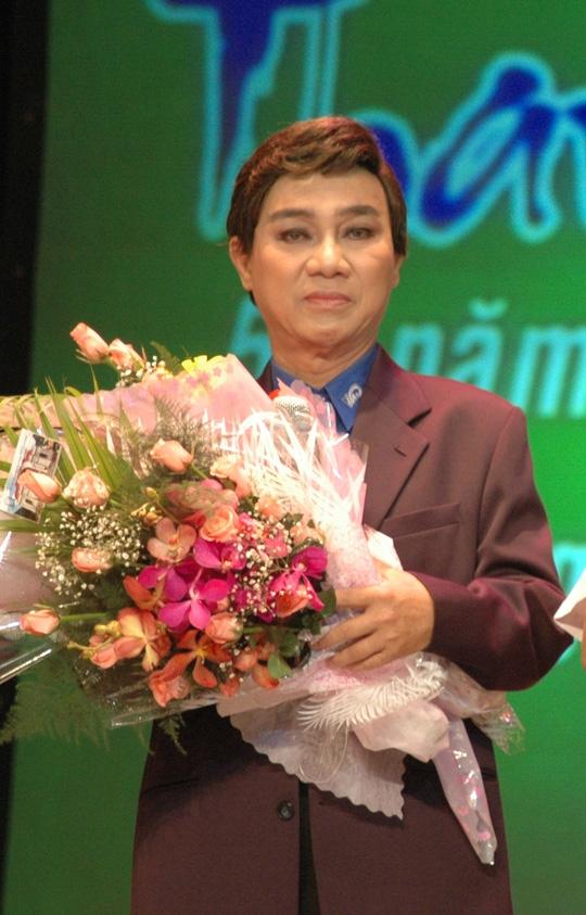 NSUT Thanh Sang hon me sau, gia dinh xin benh vien cho ve nha