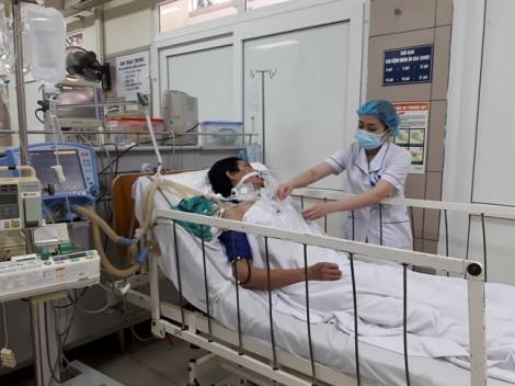 2 bệnh nhân nguy kịch, các bác sĩ lo ngại 'rượu độc' quay trở lại