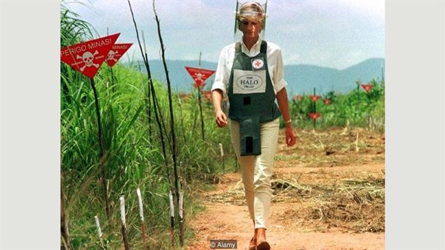 Cong nuong Diana: Tu 'nguoi mac xau nhat' cho toi bieu tuong thoi trang the gioi