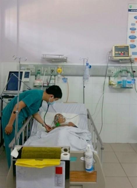 Phổi có quá nhiều cục máu đông, khiến bà cụ 70 tuổi đột ngột ngưng tim ngưng thở