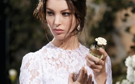 5 nguyên tắc sử dụng nước hoa cho mùa hè
