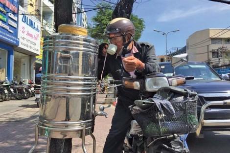 Nắng như đổ lửa, Sài Gòn vẫn chưa nóng bằng những năm trước