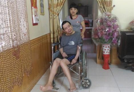 Hạnh phúc giản dị của cặp vợ chồng 'da cam'