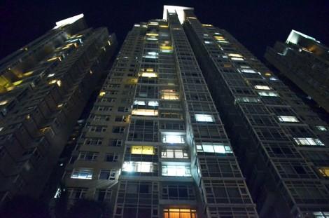 Cháy ở cao ốc 34 tầng Saigon Pearl, hàng trăm hộ dân hoảng loạn