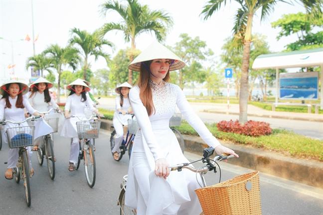 Ho Ngoc Ha phan hoi ve cao buoc cua Minh Hang
