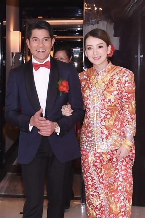 Cận cảnh vòng bụng nghi mang thai 2 tháng của vợ Quách Phú Thành