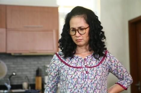 NSND Lan Hương bức xúc vì hình ảnh mẹ chồng trong phim bị lợi dụng để quảng cáo
