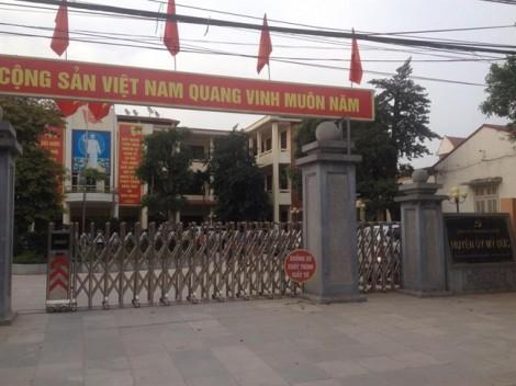 Chủ tịch Nguyễn Đức Chung chờ đối thoại nhưng người dân không đến