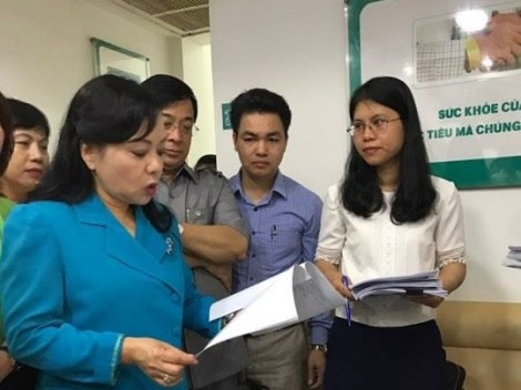 Bộ trưởng Bộ Y tế giật mình vì phòng khám có bác sĩ Trung Quốc nhếch nhác