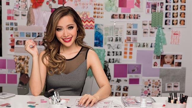 Beauty blogger Michelle Phan: 'Tu bo moi thu de thanh cong'