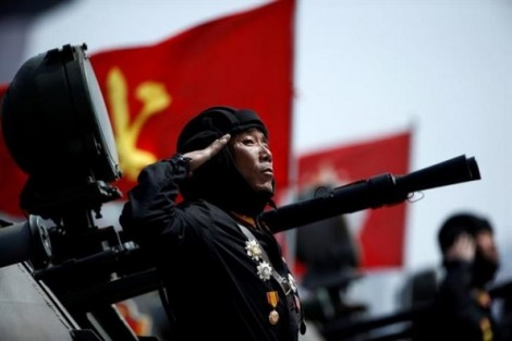 Đại lễ của quân đội Triều Tiên khiến láng giềng đứng ngồi không yên