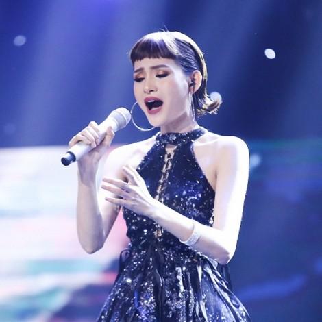 Noo Phước Thịnh tranh cãi với Thu Minh chỉ vì giọng hát phi giới tính