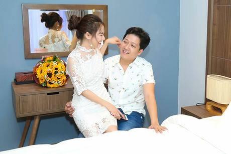 Ro tin don Truong Giang dang dat tiec chuan bi to chuc dam cuoi voi Nha Phuong