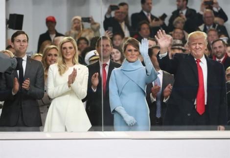 Quan hệ lạnh nhạt mẹ kế - con chồng giữa hai người đẹp nhà Trump