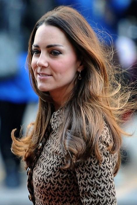 Kiểu tóc khi sang trọng, lúc trẻ trung của Công nương xứ Cambridge